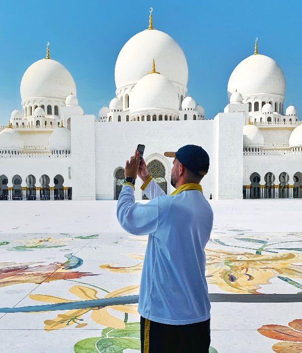Abud Dhabi Mário